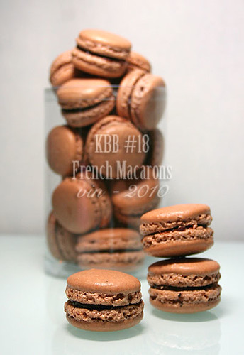 Chocolate-French-Macarons