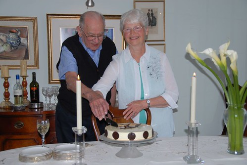 Pop and Jean cake cutting