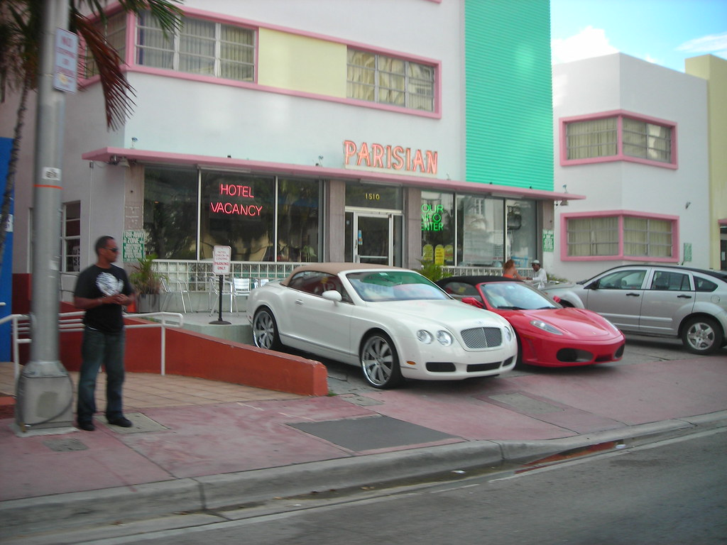 Bentley Continental GTC and Ferrari 430 Spyder