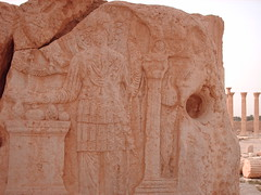 Palmira - Tadmur Syria (man_umanu) Tags: beauty temple desert syria zenobia palmira romans siria beduini oasi romani archeologicalsites tadmur aramaico patrimoniostorico sosheritage sosstoricheritage odenato
