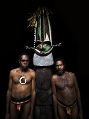 Chieftain Sekor and his father, Ambrym, Vanuatu (Eric Lafforgue) Tags: statue island pacific chief ile tribal hasselblad blackpeople tribe ethnic fen hebrides fougere ethnology vanuatu tribu oceania kustom ebridi melanesia pacifique newhebrides ethnologie sekor h3d oceanie ethnique lafforgue nambas ambrym ethnie ericlafforgue olal melanesie nouvelleshebrides ericlafforguecom wwwericlafforguecom vanuatupicture vanuatupictures sorosoro  wanuatuneue hebridennew hebridesnieuwe hebridennouvelleshbridesnuevas hbridasnuove