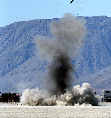 Train wreck happening (Erik Charlton) Tags: kaboom explosion boom nv rocket rockets rocketry blackrock highpower trainwreck balls16