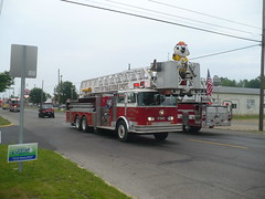 City of Yale Ladder 1 (railnut19) Tags: mi truck fire michigan rig ladder yale sandusky fmc