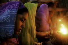 Beaut d'me (Elishams) Tags: city light india fire women veil indian traditional faith religion pray culture celebration holy devotion varanasi hindu hinduism kashi puja benares northindia uttarpradesh ramnagar  teej flickrsbest indedunord abigfave anawesomeshot 50millionmissing