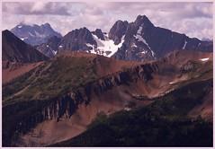 Azurite Peak from Slate Peak - by pictoscribe