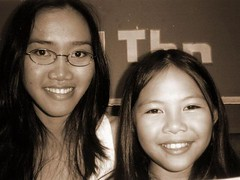 Gaby&Me1 (elizemilia) Tags: mamapapa stepdaughter puteri daugther stepmother papamama motheranddaugther ibudananak gabypondaag elizsoedjiarto suamiisteri papadananak mamadananak