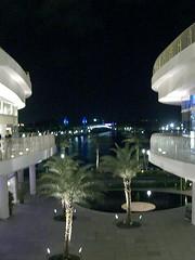 Titanic (Mr Bagel) Tags: bridge cinema shopping lights pretty movies harbourfront sentosa noreservations watchingamovie vivocity hugeshoppingmall
