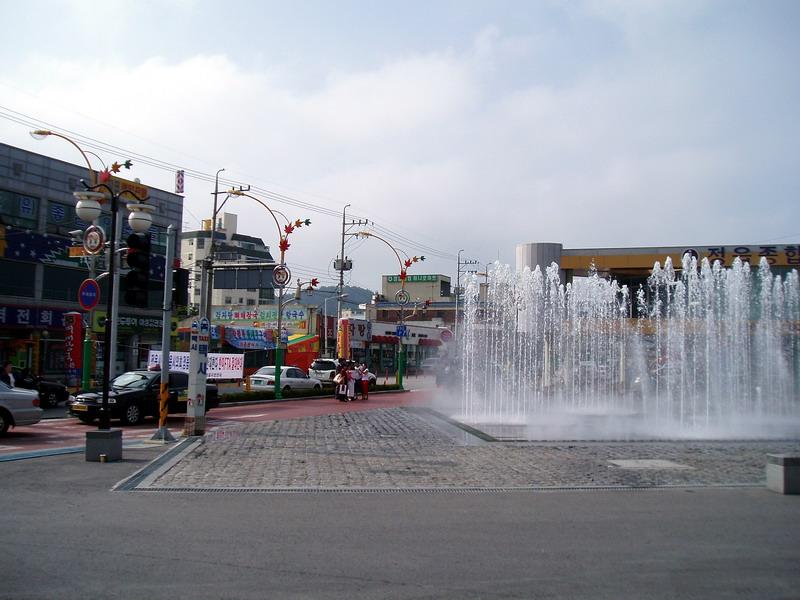 Привокзальная площадь в Чоныпе