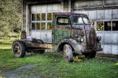Brookfield Garage (Sunset Sailor) Tags: ford truck vintage garage brookfield hdr coe photomatix