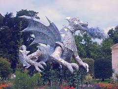 er p ejderha (cakcos) Tags: paris france garbage dragon fransa botanik bahesi cagdas p ada ejderha akco