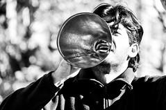 prima segunda de la vuvuzela (quino para los amigos) Tags: argentina goal buenosaires protesta noise grito gol shout politica sonido sudáfrica gritalo vuvuzela quienquiereoirqueoiga