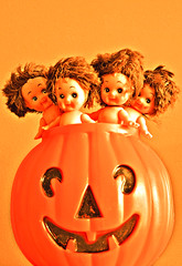 Twick or Tweat! (boopsie.daisy) Tags: orange cute halloween dolls jackolantern trickortreat multiple dollies kewpies