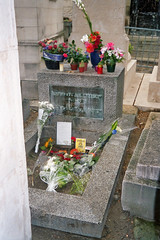 Jim Morrison - An American Poet in Paris (krismo_pompas) Tags: paris doors jimmorrison prelachaise