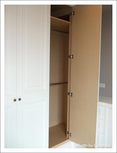 主臥衣櫃2
