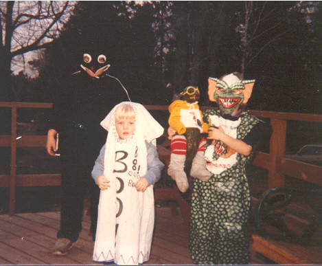 I must've really liked that Gremlins costume a lot.
