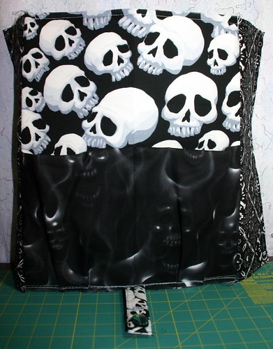 Front panel of Rich's bag with pleated pocket