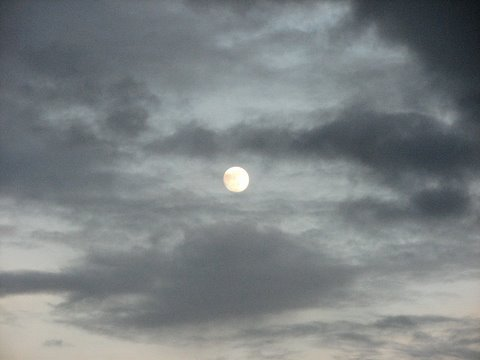 moon is nearly full 250907