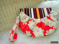 Red Balloon (sew-mad) Tags: bag sale handmade sewing balloon handbag wristlet sewmadbadge dawanda sewmad