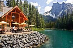 Emerald Lake cafe - Canada (Jackpicks) Tags: canada scene alberta emeraldlake iful canadianlandscapephotography