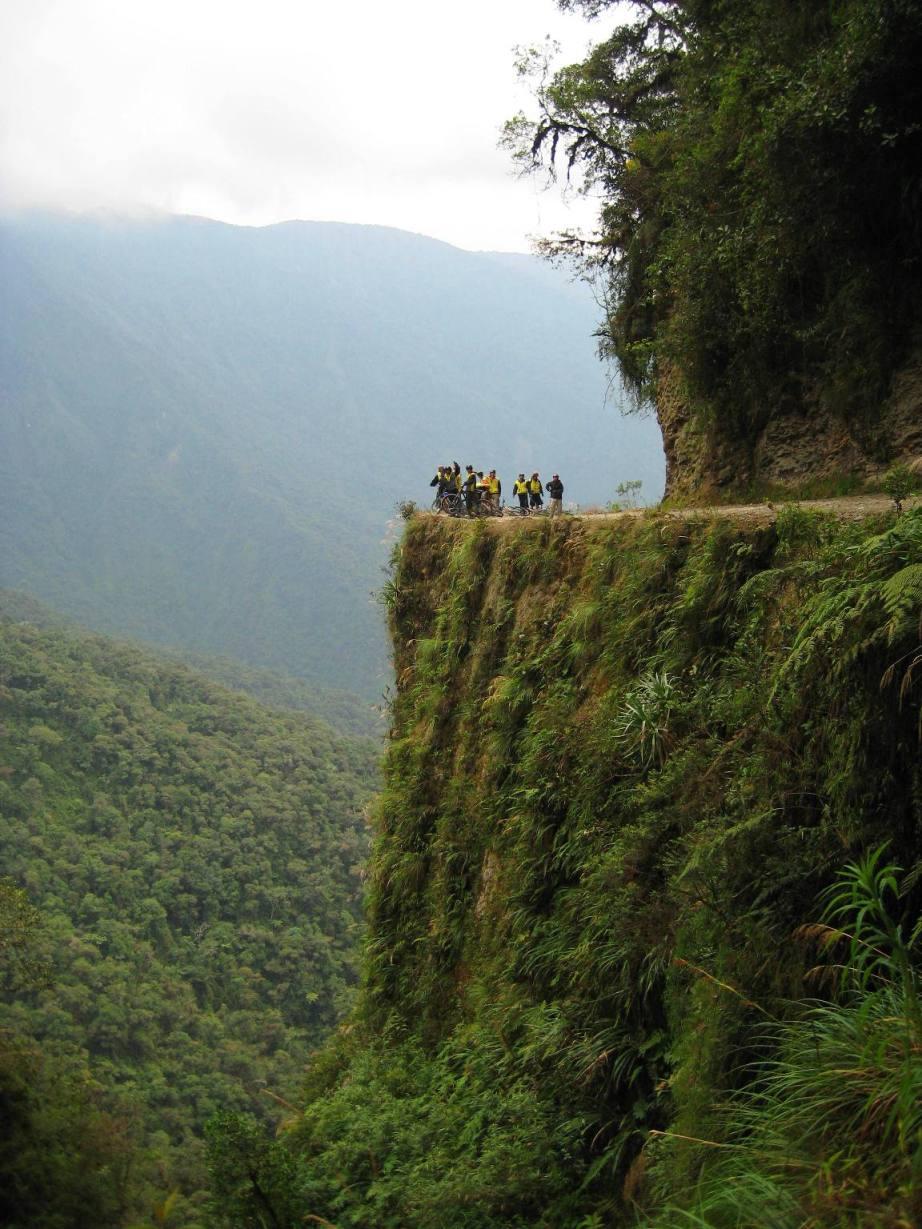 Carretera de la Muerte Coroico La Paz