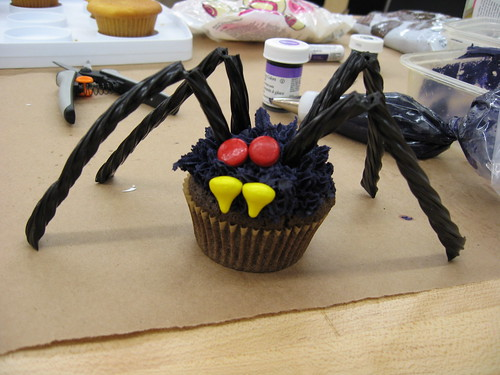 scary spider cupcake