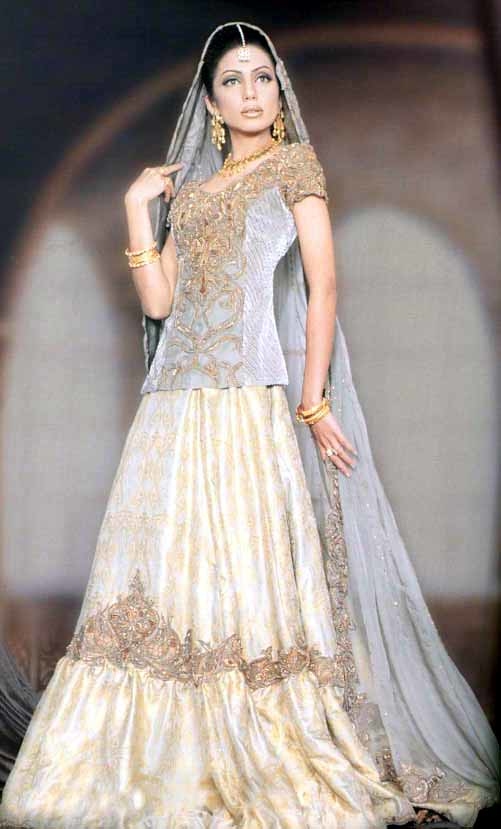 Pakistani-Bridal-Dresses-2 height=829