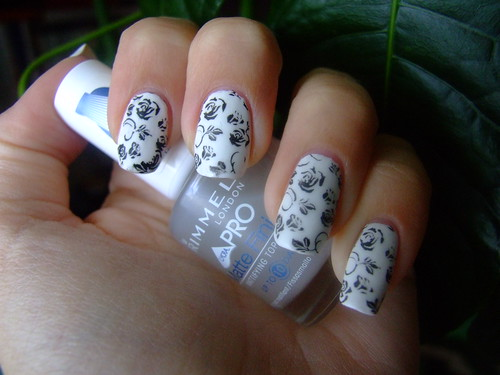 Ceramic white nails with Matte Top Coat