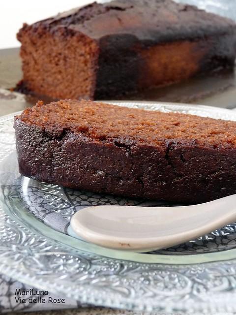 Cake nero al cacao e al vino rosso