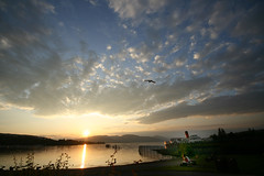 sunset at Balloch, Loch Lomond (bob the lomond) Tags: sunset scotland balloch lochlomond maidoftheloch valeofleven bobthelomond justclouds maidotheloch