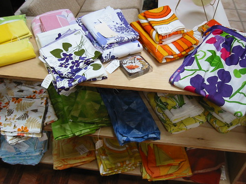 Vera sheets and napkins