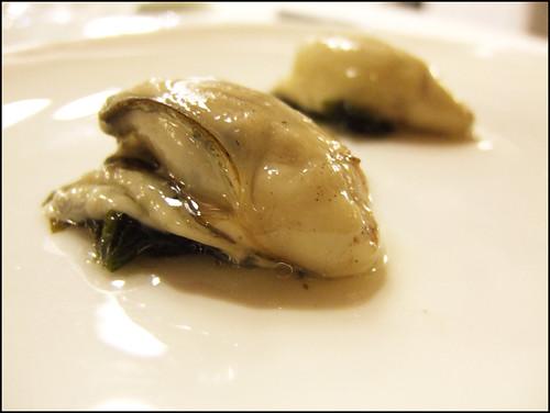 Etxebarri (Axpe) - Oyster with Seaweed