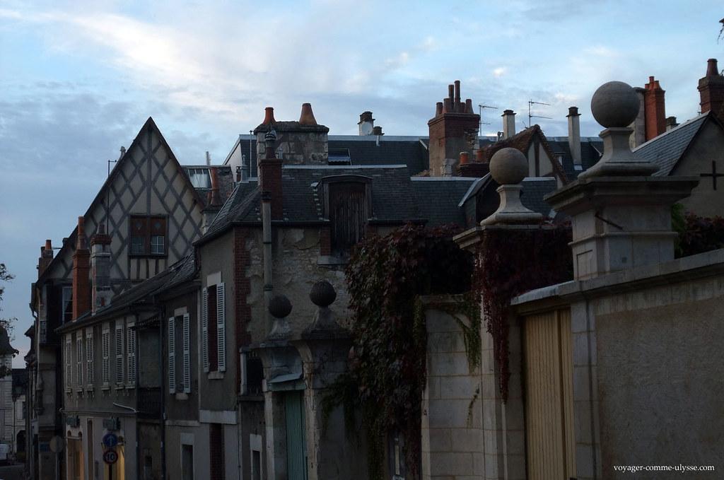 Une rue de Bourges…