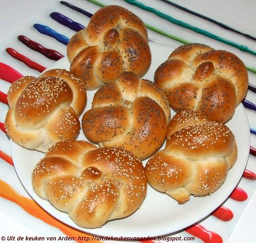 Zachte witte broodjes