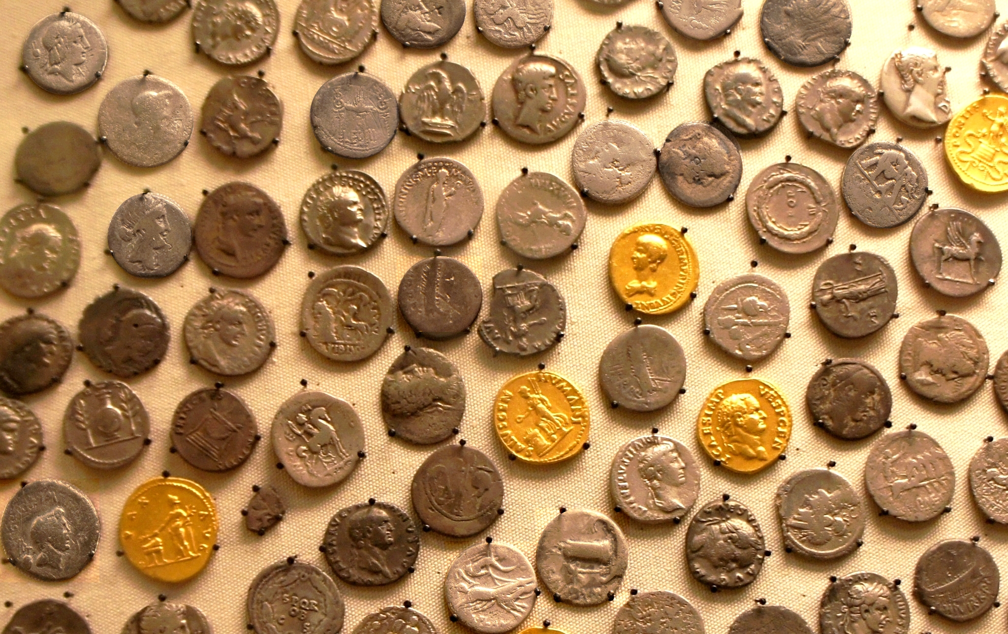 Howe Norfolk hoard, detail view, many Republican denarii amongst Imperial gold and silver