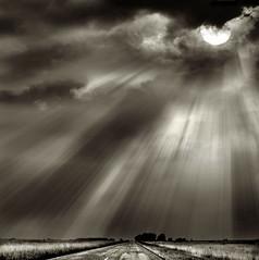 ([Piuma + Charles]) Tags: road sun storm camino tormenta rayosdesol
