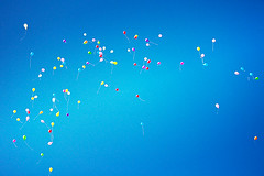 99 Luftballons, shot by flickr member Iguana Jo