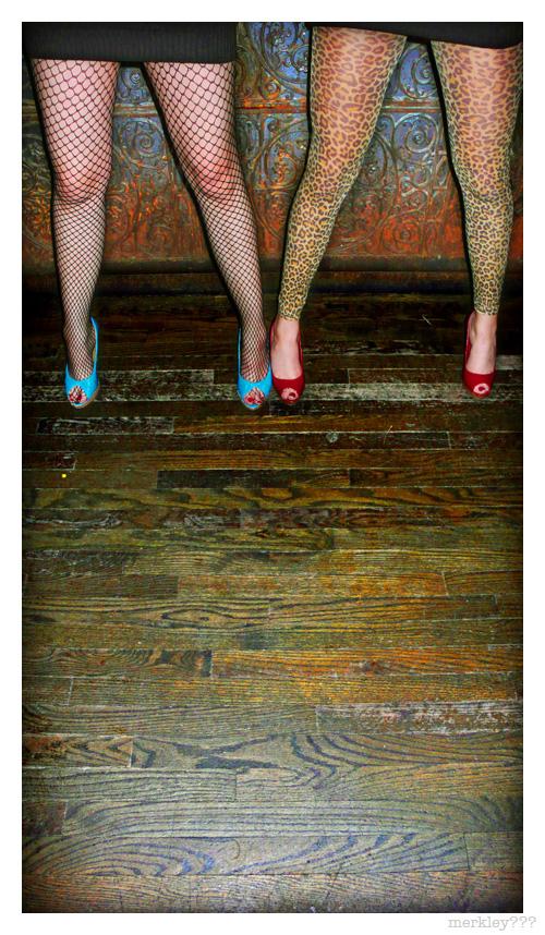 Jenny & Megan - Jersey Legs
