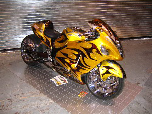 Motorcycle Salon Bike Show Floor - Custom Modified Suzuki Hayabusa 500 x 375 · 171 kB · jpeg
