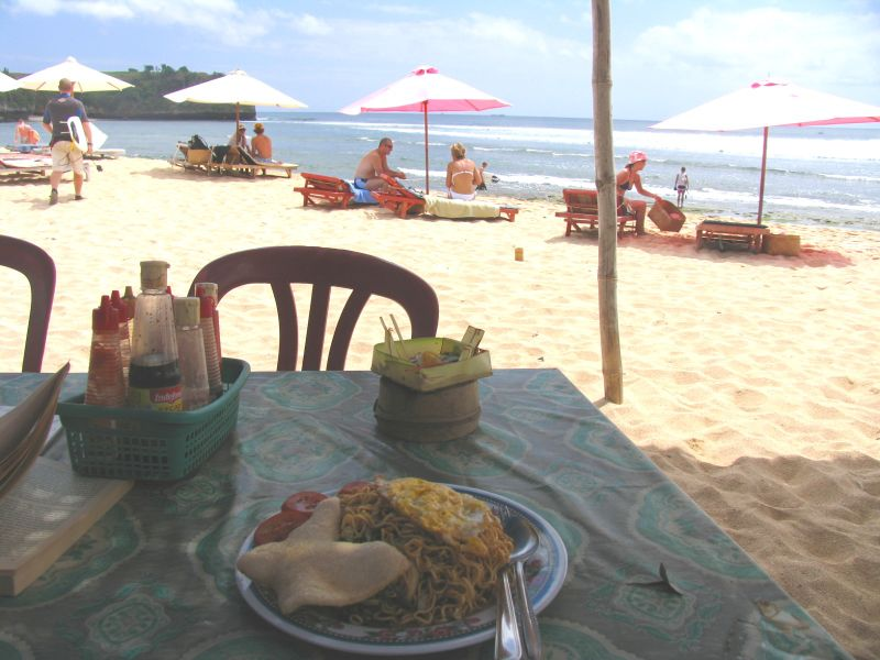 Mie goreng for lunch at Wayan's warung, Balangan beach