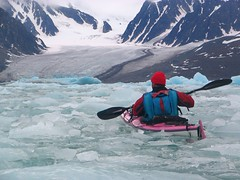 paddling in the ice (Fredww) Tags: sea ice kayak glacier svalbard s1 spitzbergen spitzberg