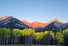 Alberta Rockies I (Kelly Sereda) Tags: autumn sunset mountains pentax alberta johnstoncanyon bowvalleyparkway 31mm justpentax amazingalberta kellysereda