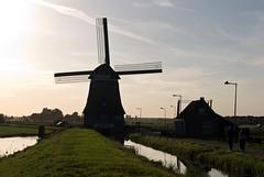 Windmill Near the Sea, Volendam