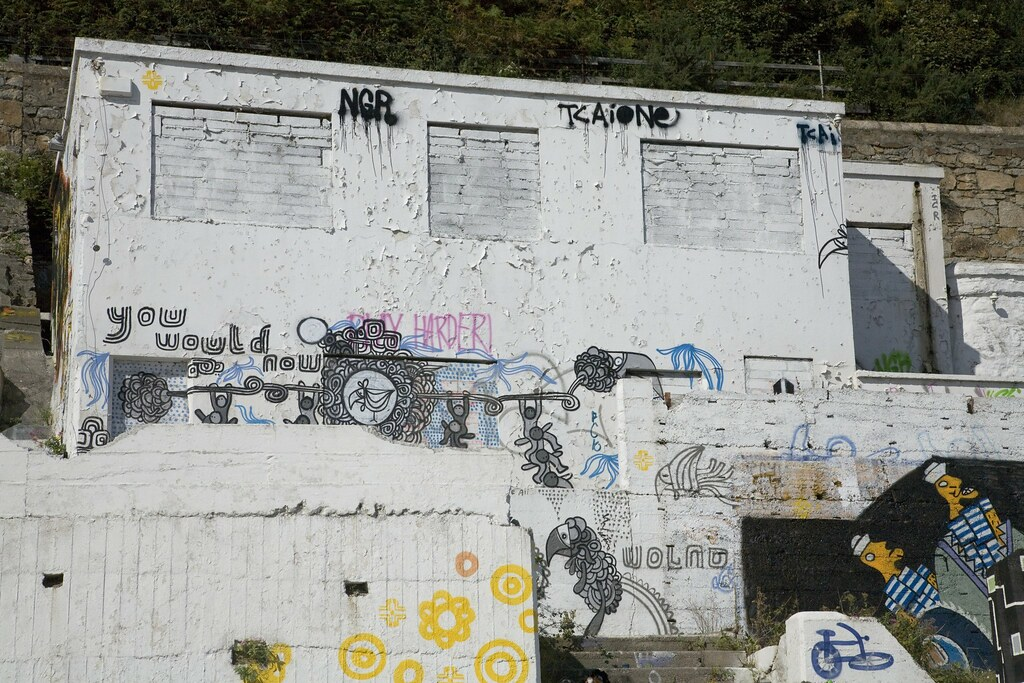 GRAFFITI IN KILLINEY