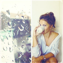 hot tea and broken umbrellas (sma_kee) Tags: autumn brussels selfportrait texture me cup window rain collage square drops rainyday belgium tea weekend mosaic bruxelles mug grateful friday whereilive dyptich selfie mydaytoday autumnday raindropsonmywindow beinggrateful desaturatedsquare inaworldwhereitrains9timesaday hotteaandbrokenumbrellas coldontheoutsideandwarmontheinside forthepeaceandwarmthinside