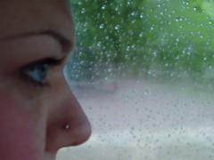 i ricordi sono acqua e l'acqua è memoria (*Blunight 72*) Tags: pierced eye glass rain nose drops piercing sguardo raindrops sight pioggia brianza occhio naso vetro gocce emozioni myki goccedipioggia blunight72 loveandlife 262007 chercherlafemme coolestphotographers