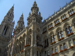 HPIM5626.JPG (dithie) Tags: vienna old sun buildings austria europe cityhall rathaus