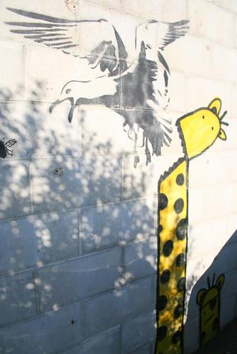 Giraffe<Eagle<Bug