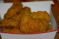 Mc Nuggets (austrianpsycho) Tags: essen sauce fat fastfood mcdonalds gift junkfood poison dip orgie fett mcnuggets chickenmcnuggets chickennuggets soße fressorgie soßen