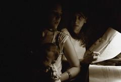 Vetur  kvldin (king David Israel) Tags: barcelona madrid street old family autumn winter sea summer white chicago newyork black paris berlin london argentina museum sepia canon painting landscape puente lights spring buenosaires nikon marine colorado pentax edificio sigma olympus shades tokina 200 mm castillo objetivo objective effield