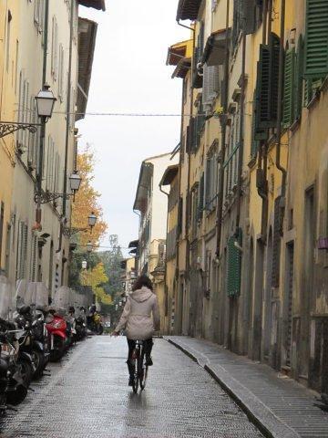 Calles mojadas de Florencia